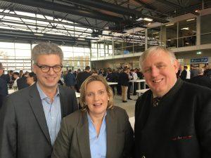 Foto (v.l.): Dr. Stefan Nacke MdL, Simone Wendland MdL, Minister Karl-Josef Laumann.