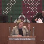 Simone Wendland begründet CDU/FDP-Antrag im Landtag. Foto: Landtag NRW.