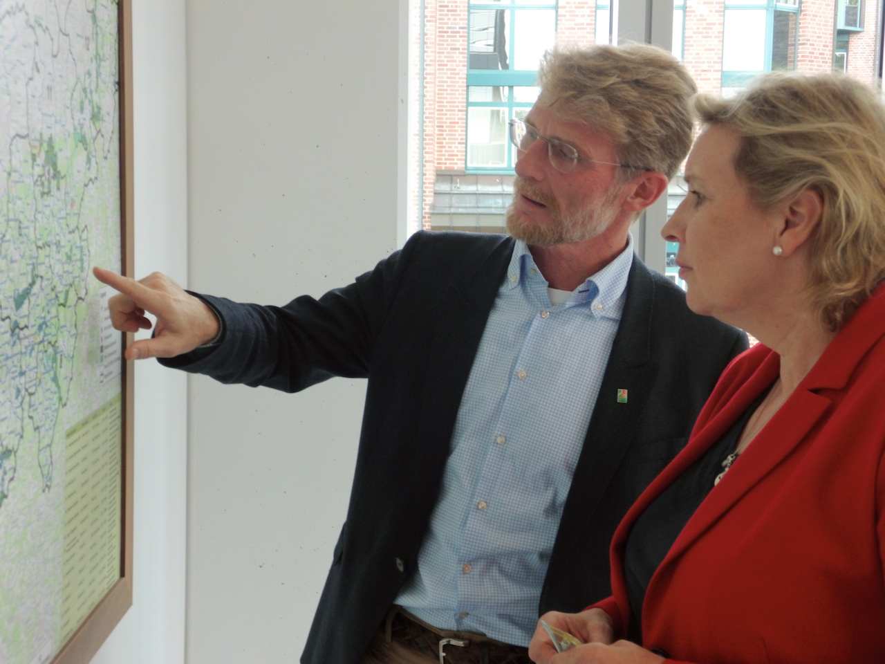 Herr Andreas Wiebe und Frau Simone Wendland MdL