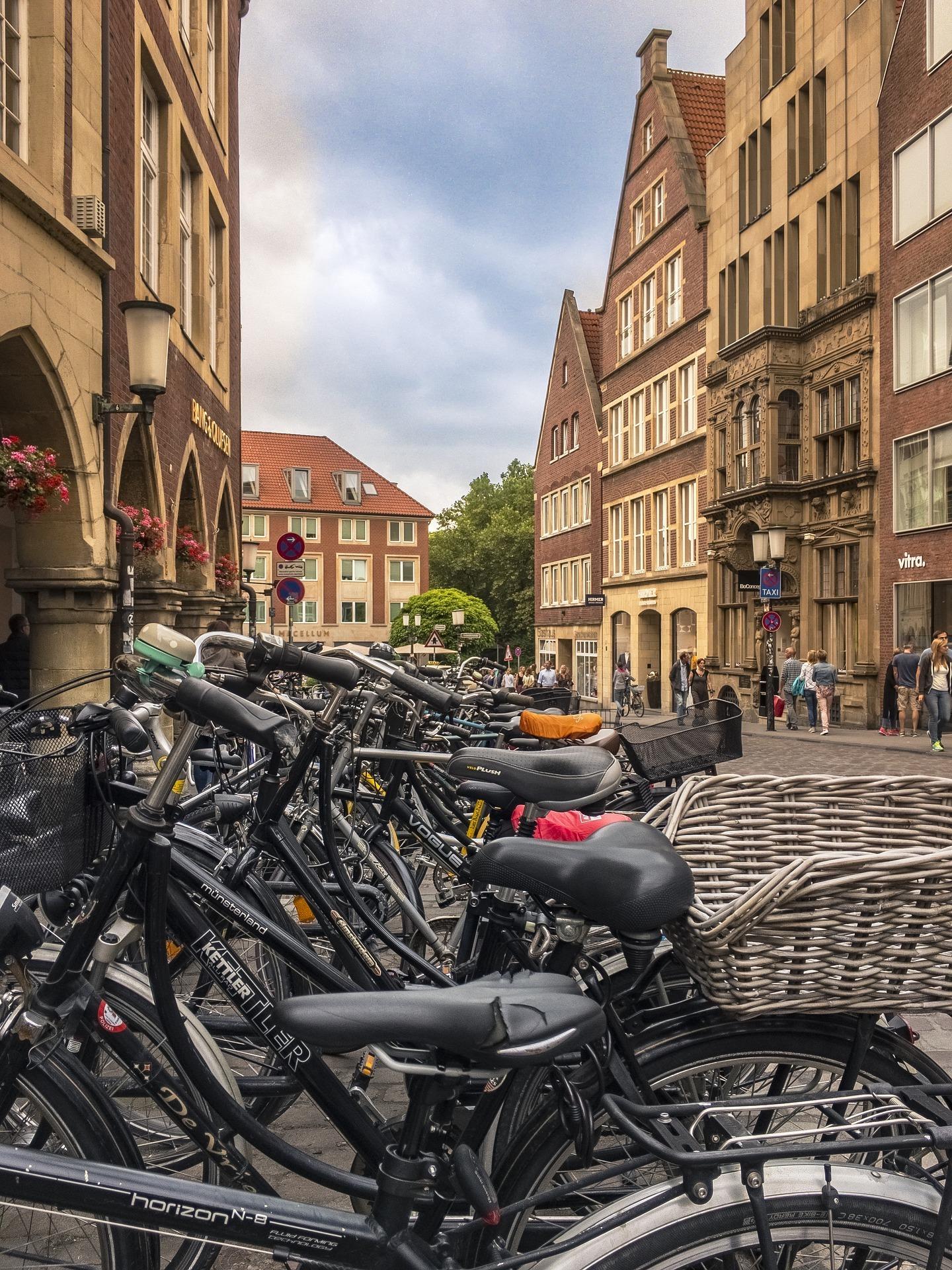 Gut unterwegs in Münster – Radfahren und Zufußgehen attraktiver machen