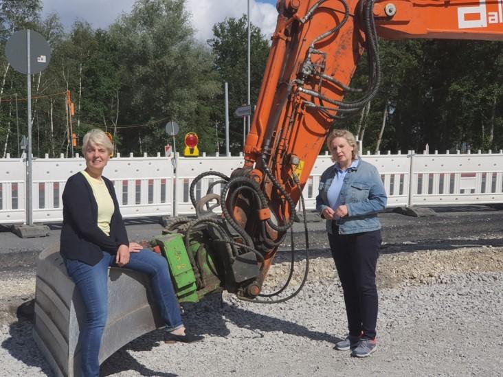 Ratskandidatin Susanne Schulze mit der Landtagsabgeordneten Simone Wendland